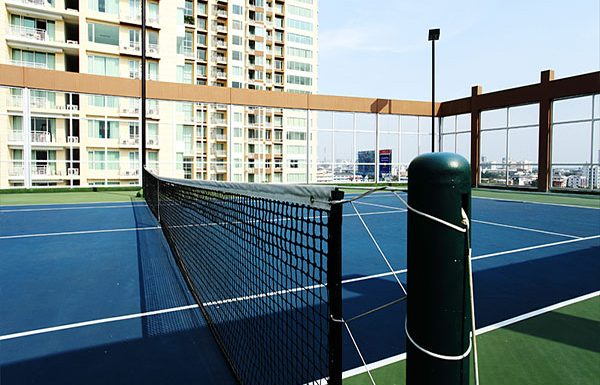 The-Empire-Place-Sathorn-tennis-courts